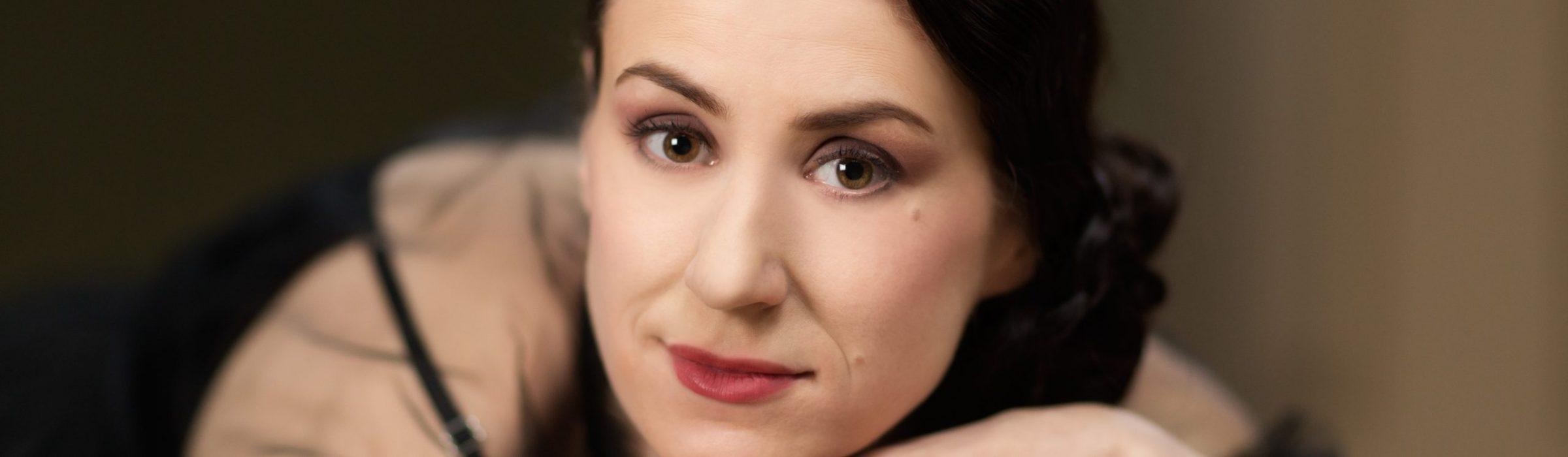 Marion Hogl Portraitfotografie mit Aufsteckblitz