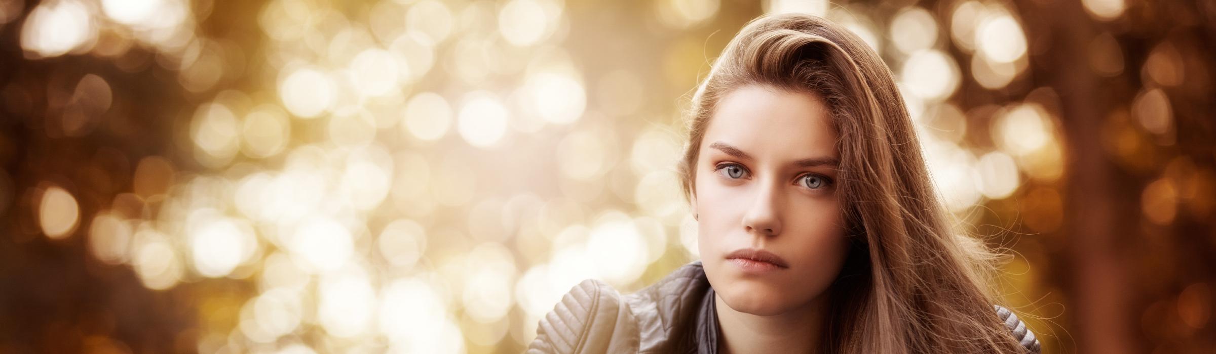 Marion Hogl Portraitfotografie mit available light
